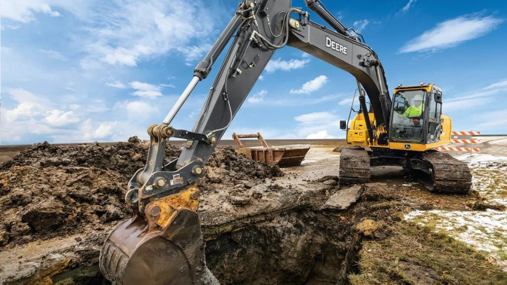 SmartGrade excavator John Deere